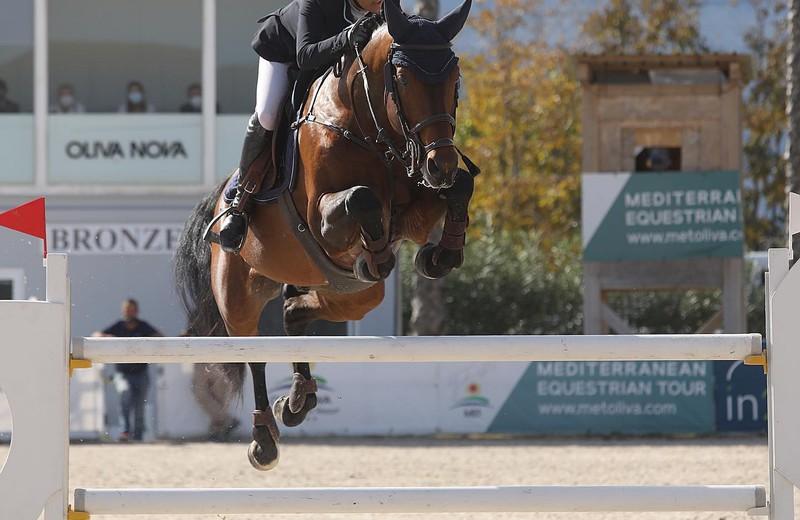 FRINGANT DU CALVAIRE EN FABIENNE DAIGNEUX dit weekend in de Equestrian Tour van Oliva Nova (DR)