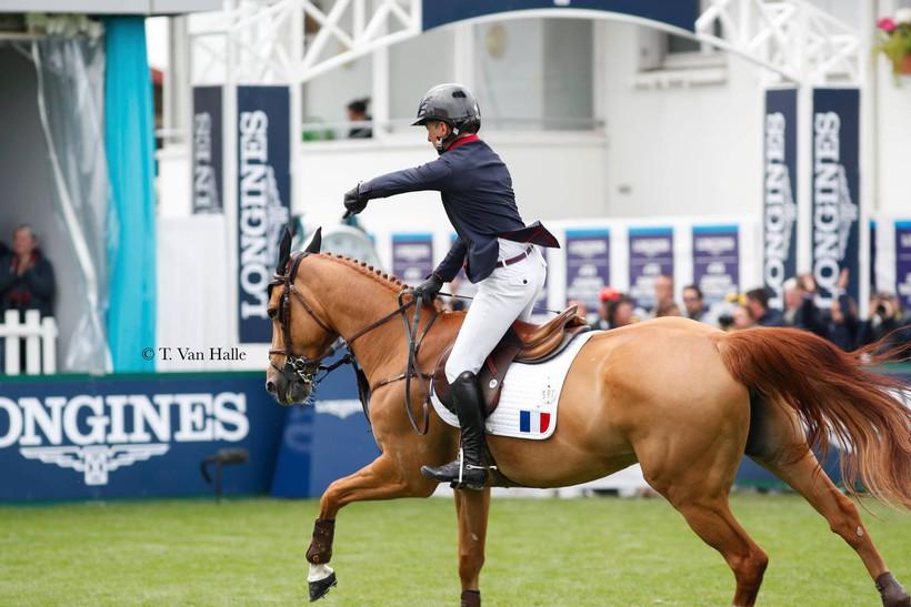 Thierry Rozier kondigde aan dat zijn ongelooflijke Venezia d'Ecaussinnes aan haar laatste deelname toe was, en wel op de Hubside Jumping (T. Van Halle)